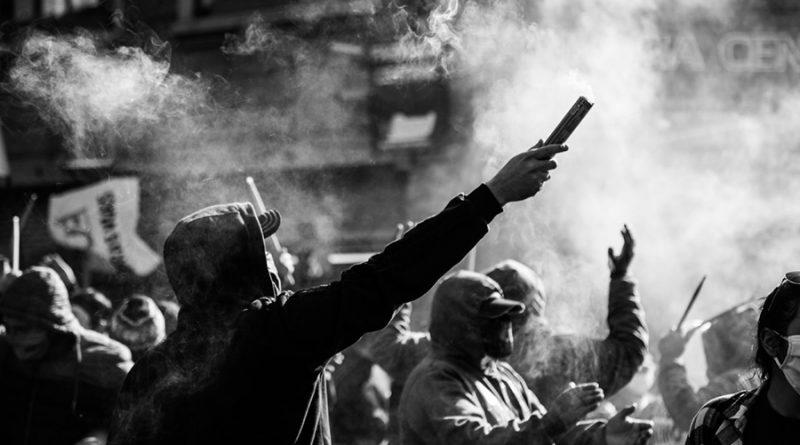 """""""La política sudamericana como péndulo"""": """"Destino común y riesgo"""" para las luchas de los pueblos"""